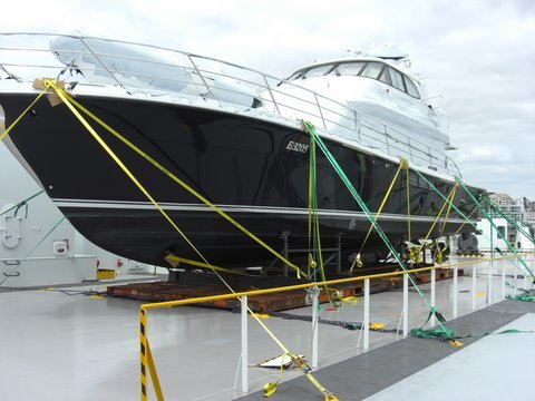 Motor-yacht-lifting-to-container-vsl-AKL-to-SYD.JPG#asset:274